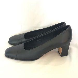 Evan Picone Chunky Black Heels